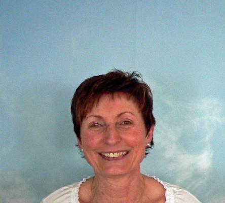 Marianne Schnös, Anmeldung und Verwaltung